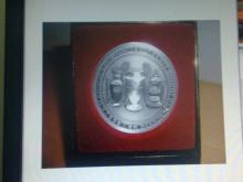 Manchester United Treble Coin in Case