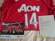Manchester United Football Shirt Signed by Javier Hernandez.