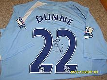 Manchester City Richard Dunne signed shirt