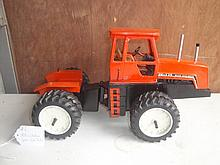 allis-chalmers 4w-220 tractor