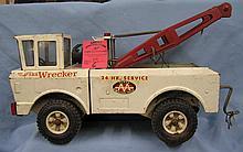 Vintage Tonka Wrecker/ tow truck