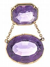 A gold and amethysts brooch