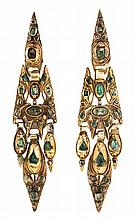 Emeralds long earrings, from the 19th Century