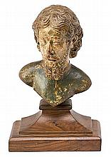 Spanish school of the 16th Century Male Figure Bust in carved and polychrome wood, with walnut base from a later period 18.5x14x11 cm (