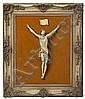 Escuela española de la primera mitad del siglo XX Cristo crucificado Escultura en marfil tallado, grabado y entintado