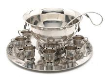 Punchbowl with tray and nine cups in Mexican silver, mid 20th Century