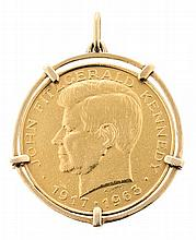 An American commemorative medal mounted as a pendant
