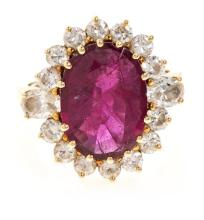 Sanz jewellery, ring with central Ruby and diamonds