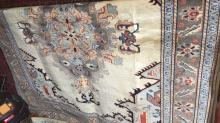 Persian Kashan rug, pure wool, hand made, ivory coloured, 200 x 150cm