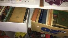 2 boxes book incl. vintage medical annuals etc