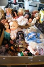 2 boxes: dolls of the world, vintage etc