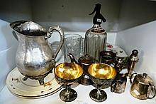 Shelf: EPNS incl. S&P; shakers, teapot, jug,