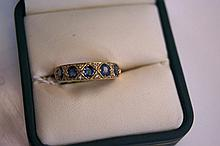 18ct yellow gold ring set with ceylon sapphire