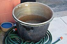 2 vintage copper boilers AF