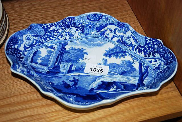 An early Copeland Spode's Italian shaped serving