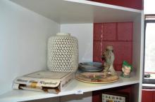 Shelf lot to incl. a large pierced white