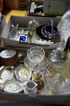 2 boxes glassware & silver plate to incl.
