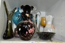 Shelf: assorted glassware incl. vintage, Italian,