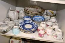 Shelf: lge qty of odd china incl. side plates,