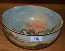 Large Royal Doulton fruit bowl, 'Shakespeare's Country - Clopton Bridge', 23cm D