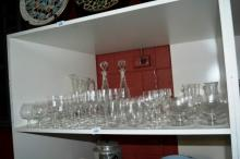 Shelf lot: large qty of drinking glassware, all by