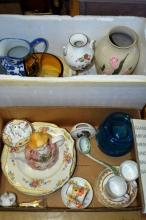 2 boxes: vases, jugs, glass, ceramic, coffee cups