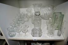 Shelf: crystal & glassware to incl. good decanter,