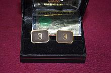 Pair of vintage cuff links