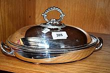 Silver plate vegetable warming dish complete with