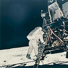NASA: Buzz Aldrin descending Apollo 11 LM ladder