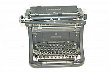 Mid-Century Underwood Standard Typewriter Very fine condition on this vintage typewriter.