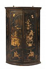 An 18th Century black lacquer and chinoiserie bow-