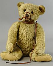LARGE STEIFF BEAR WITH MUZZLE