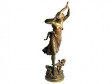 Auguste MOREAU 1834-1917  Femme à la Corne d'abondance   Bronze à patine brune signé  Hauteur : 61 cm