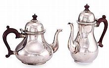 A GEORGIAN STYLE HALLMARKED SILVER COFFEE & TEA  POT
