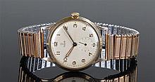 Tudor 9 carat gold gentleman's wristwatch, the cha