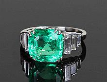 Impressive Colombian emerald ring, the Colombian c