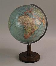 Globus - Columbus Erdglobus, H. ca. 38cm  Globe - Columbus terrestrial