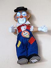 Clownie- Steiff, limited edition of 1959. H. 12 cm, with flags and breastplate