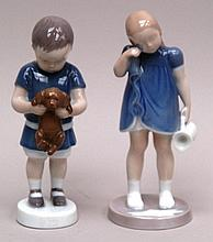 2 porcelain figures - Bing & Groendahl, Copenhagen 20th century, Young (Ole) with dog on