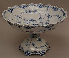 Big bowl- Royal Copenhagen tip, 20 century. , Blue painting. Underglaze blue waves brand.