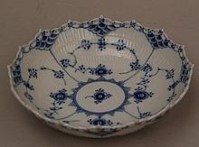 Bowl - Royal Copenhagen, 20th Century. blue lace pattern,D .: 20cm, minor chip
