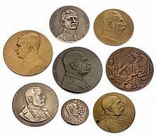 Insieme di otto medaglie patriottiche - 8 patriotische Medaillen