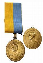 Due distintivi di carica dei borgomastri - 2 Amtsabzeichen der Bürgermeister