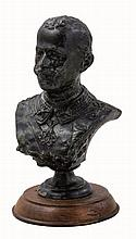 Figura di Re Vittorio Emanuele III  alt. cm 11