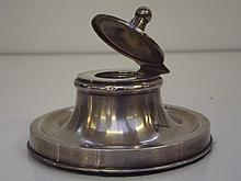 Edwardian silver capstan inkwell, typical form, hinged lid with sphere fini
