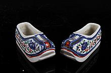 [CHINESE]A PAIR OF WUCAI GLAZED PORCELAIN SHOES L:4.5