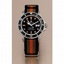 Rolex, Submariner 300m, Ref. 16800, n°747xxxx, vers 1982.    Une tr