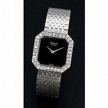 Chopard, n° 133284, vers 1990.    Une belle montre de soirée en or