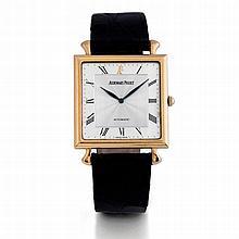 Audemars Piguet, n° D 38846, vers 1990.    Une belle montre carrée